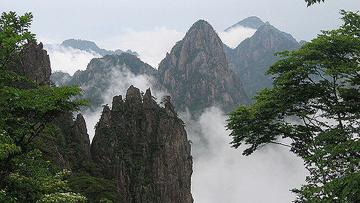 Suy nghĩ về câu ca dao: Công cha như núi Thái Sơn... Cho tròn chữ hiệu mới là đạo con